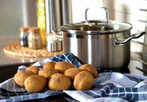 Bei der Kartoffeldiät stehen die Kartoffeln im Vordergrund der Ernährung.