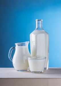 Die Fit for Life Diät verzichtet komplett auf Milchprodukte was zu einem Kalziummangel führen kann.