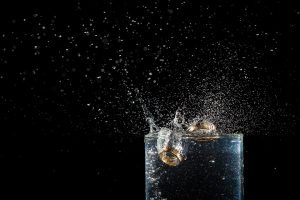 Wie bei jeder Diät gilt es ausreichend Wasser zu trinken, auch Verstopfende Wirkungen von Ballaststoffen kann man so entgegen wirken.