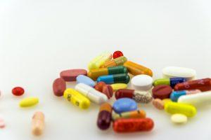 Auch Antibiotika können die Verdauung im Magen-Darm-Trakt stören.