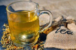 Bei der Tee-Diät setzt man auf verschiedene bekannte Teesorten.