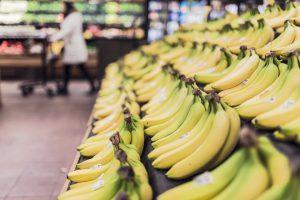 Die Banane-Diät setzt auf den Verzehr von Bananen zum Frühstück.