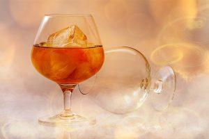 Alkohol gilt es auch am Cheat-Day zu meiden.
