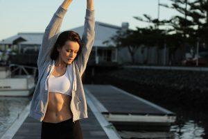Schlanke leben länger, durch Veränderung der Ernährungsgewohnheiten können Alterungsprozesse im Körper beeinflusst werden.