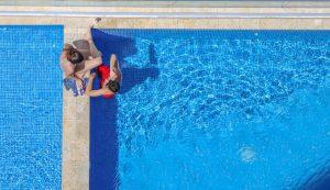 Schwimmen ist besonders gelenkschonend.