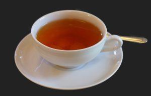 Zuckerfreie Getränke wie ungezuckerter Tee sind bei der Zwieback-Diät erlaubt.