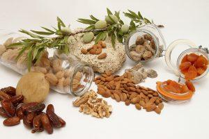 Auch andere Baumnüsse wie Mandeln haben positive Wirkungen auf den Organismus.