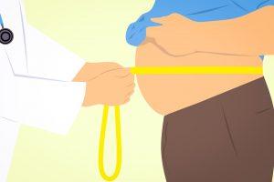 Wie man Bauchfett reduzieren kann. Dieses gilt als besonders gefährlich.