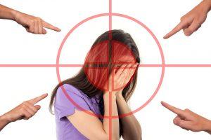 Kopfschmerzen können eine Folge von einem langsamen Stoffwechseln sein.
