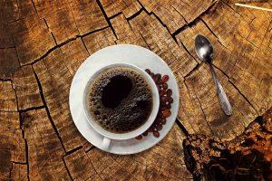 Auch schwarzer Kaffee hilft beim Abnehmen.