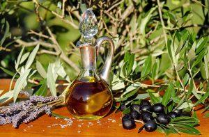 Olivenöl gilt als besonders gesund.