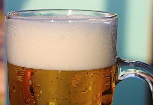 Gerstenwasser sollte man nicht mit dem Gerstensaft, dem Bier, verwechseln.