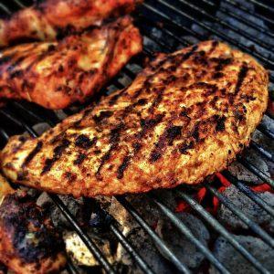 Gegrilltes Fleisch kann Krebs auslösen.
