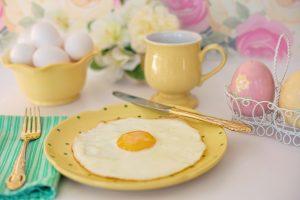 """Bei der Stoffwechsel-Diät achtet man auf eine eiweißreiche Ernährung, wie beispielsweise mit einem Spiegelei, auf Englisch """"fried egg""""."""