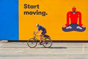 Mehr zusätzliche Bewegung im Alltag hilft beim Abnehmen.
