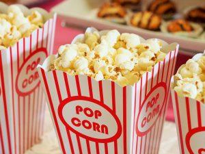 Popcorn lässt sich auch kalorienarm selbst zu bereiten.