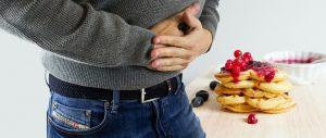 Die FODMAP-Diät kann auch bei Verdauungsbeschwerden helfen.