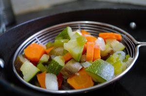 Fleischeinlagen werden durch Gemüse und Obst ersetzt.