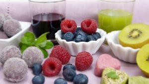 Neben Bewegung hilft die richtige Ernährung beim erfolgreichen Abnehmen.
