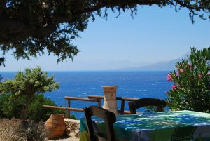 Bei der Kreta-Diät achtet man auf mediterrane Kost.