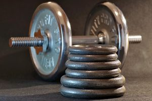 Bei der Diät stehen neben den Muskeln auch Kohlenhydrate bei der Ernährung im Mittelpunkt.