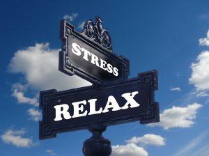 Stress kann zu Übergewicht führen.